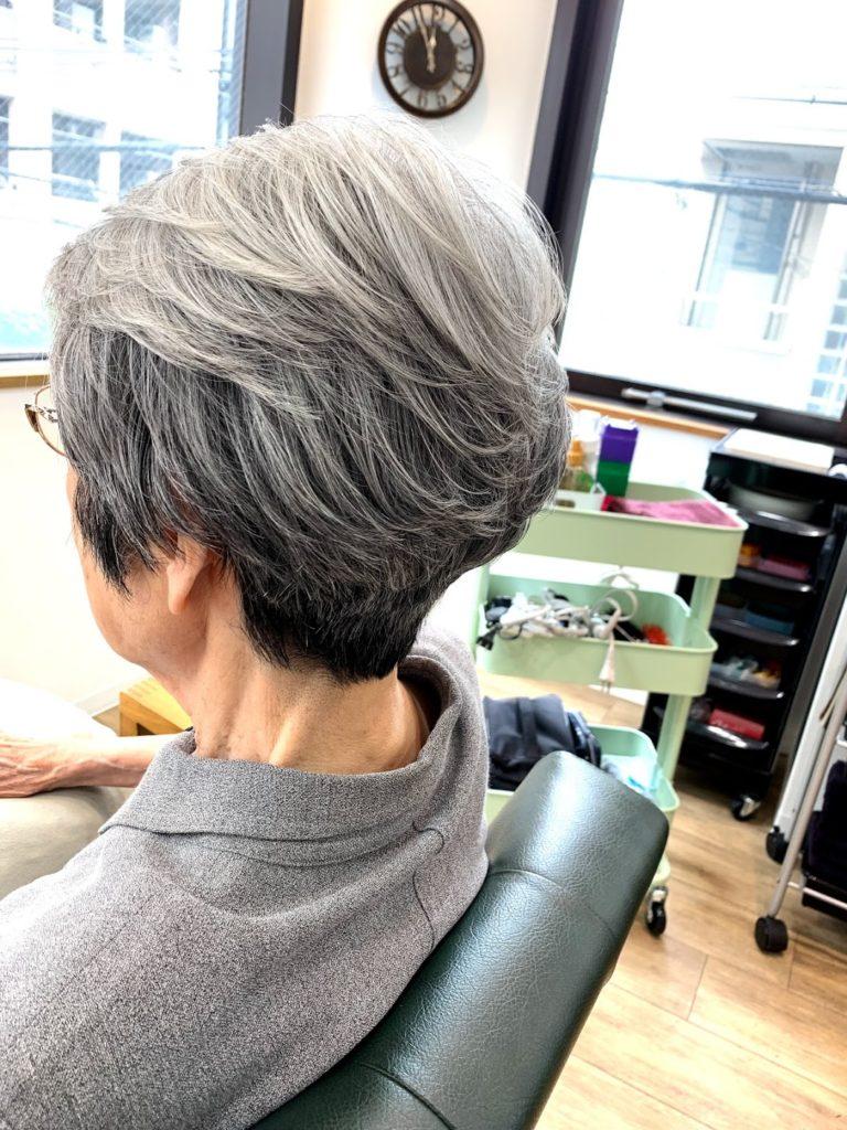 神戸 三宮 美容室 kiki-kobeで脱カラーしてグレイヘアになろう!!