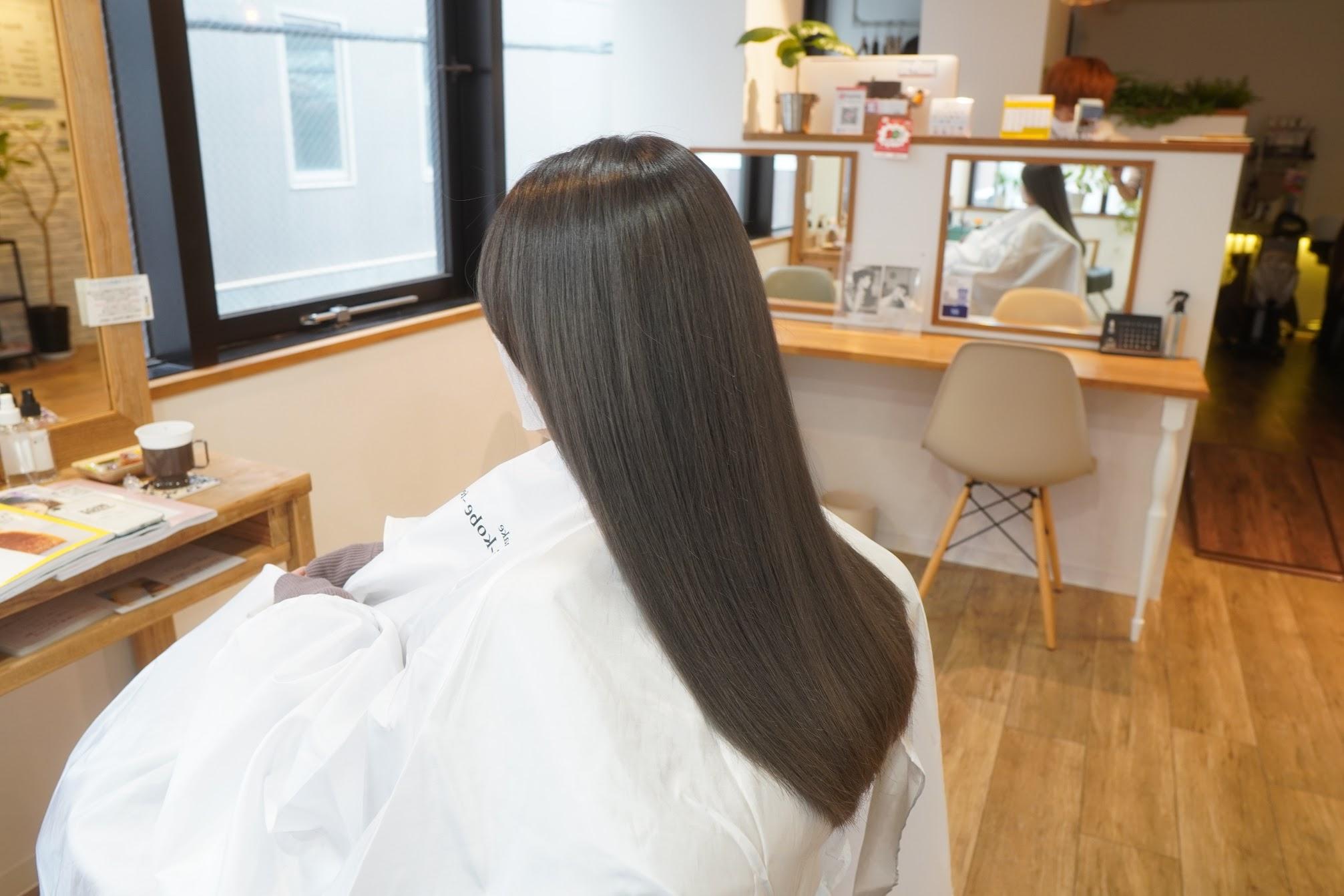 三宮美容室 神戸美容室 推しカラー シルバーカラー アディクシーカラーシルバー ブリーチ2回 水素トリートメント ウルトワトリートメント ウルトワ