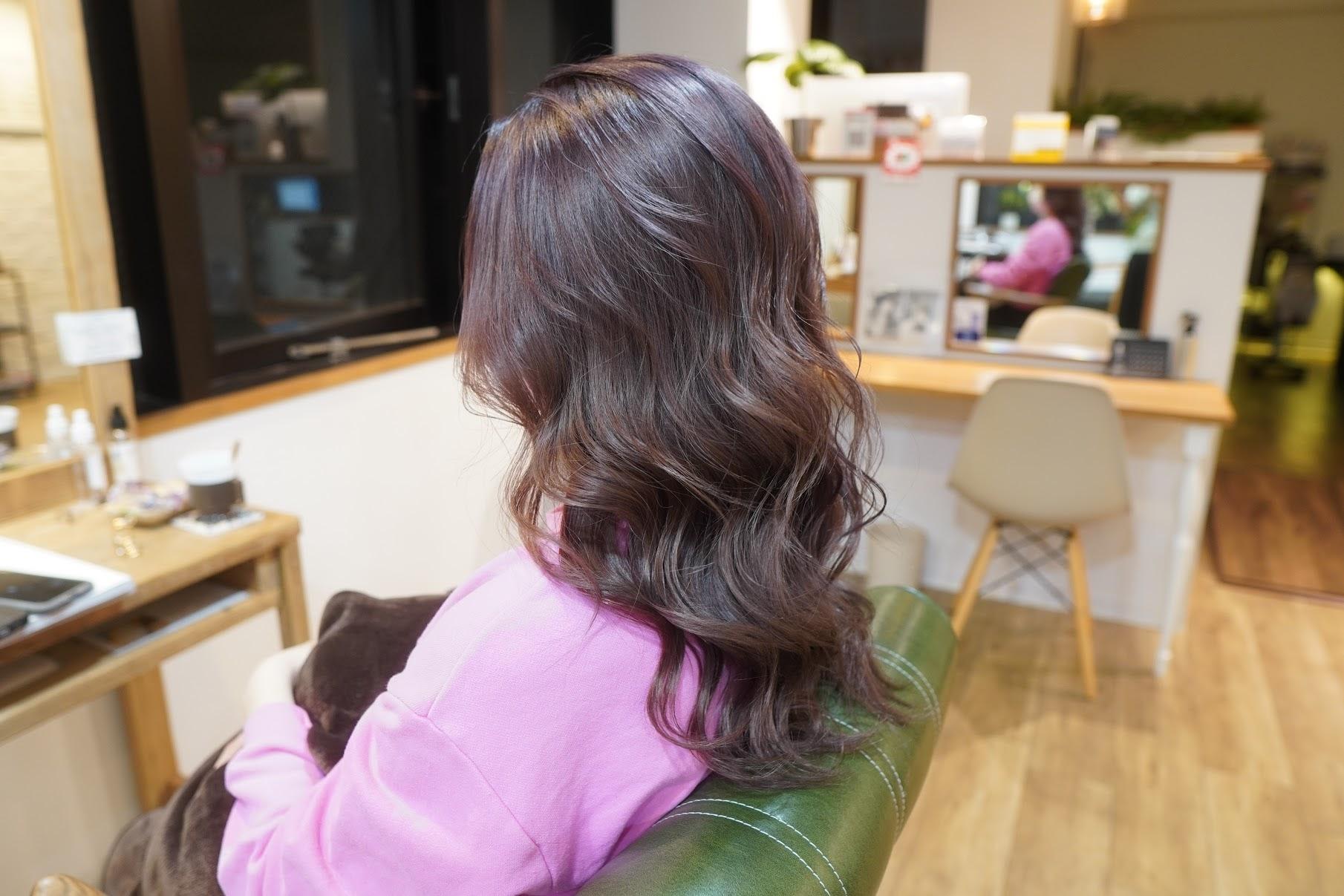 スモーキーピンク ピンクベージュ ピンク ブリーチ2回 神戸美容室 三宮美容室 オラプレックス ミルボン アディクシーカラー